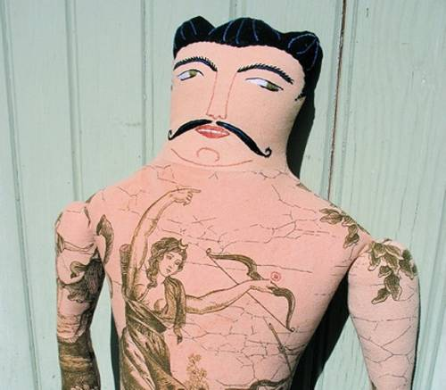 Tattooed Men are made by lovely Mimi Kirchner and can be bought in her Etsy