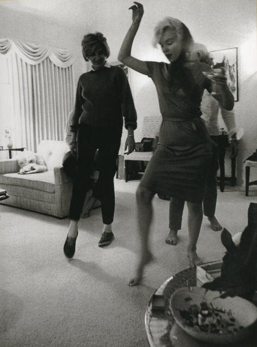 Monroe dancing