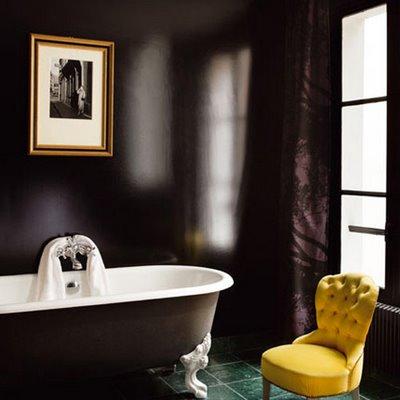 Black_bathroom