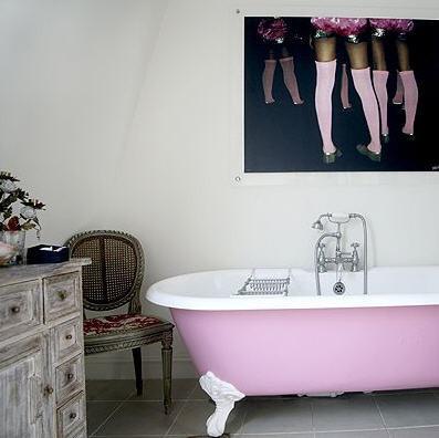Art,bathroom,decor,design,interior,pastels-8010557d41a66c821ec46fc3bdbe420b_h