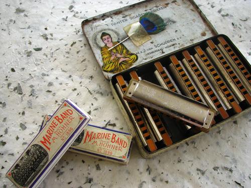 Terry harmonica case4