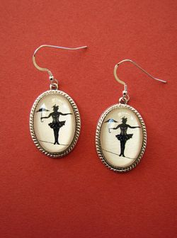 Elvira earrings 1