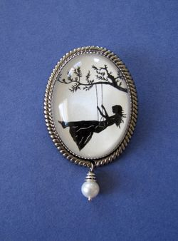 Girl brooch1