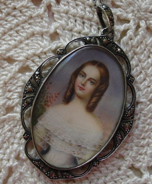 Hand Painted Georgian Lady Silver Marcasite Choker Necklace