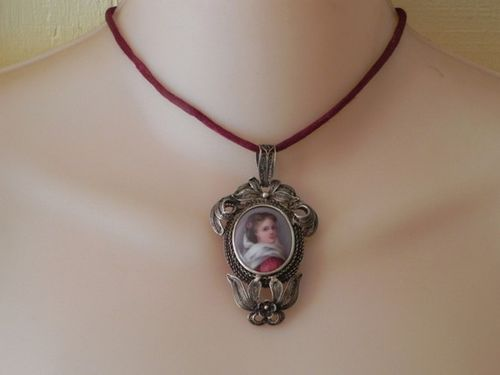 Antique Painted Portrait Cameo Mourning Brooch Locket Pendant