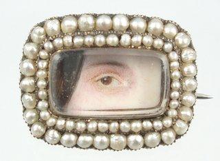 Loverqus eye_female on ivory_hair curtain