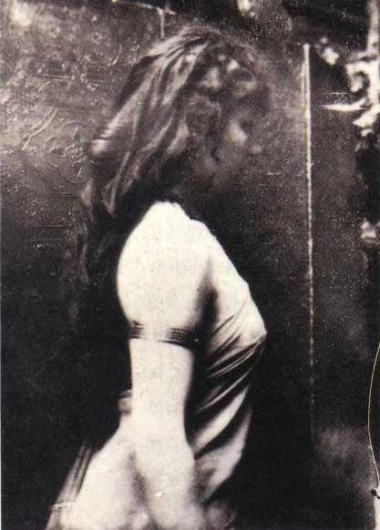 Camille Claudel posing for Rodin