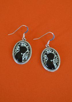 Jane Eyre earrings 1000