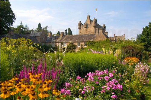 Bill-bachmann-beautiful-gardens-and-famous-castle-in-scotland-called-the-cawdor-castle-in-cawdor-scotland-217498